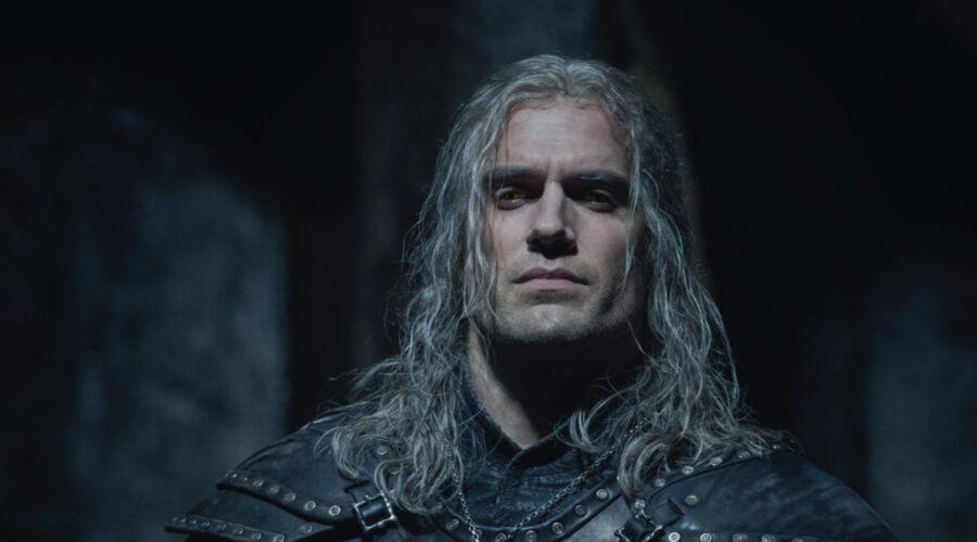 Henry Cavill (Geralt Di Rivia) in una scena della seconda stagione di The Witcher. Credits: Netflix.