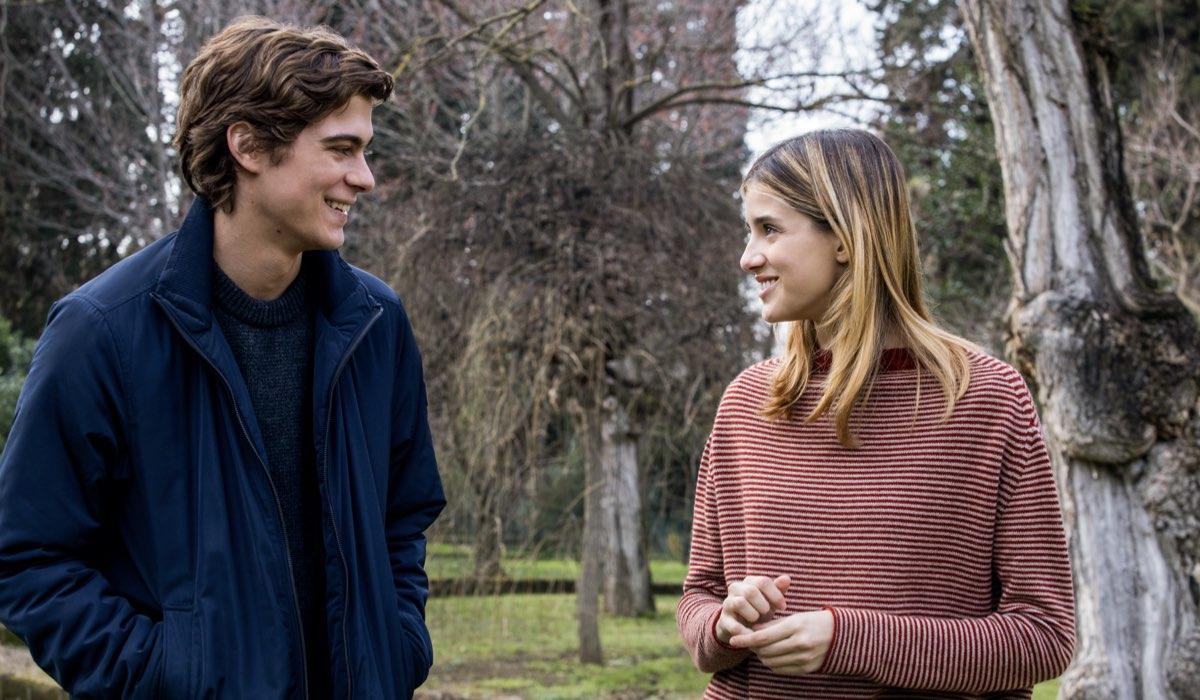 Come finisce Baby 3. Da sinistra: Lorenzo Zurzolo (Niccolò) e Benedetta (Chiara) Porcaroli nel sesto episodio della terza stagione. Credits: Netflix.