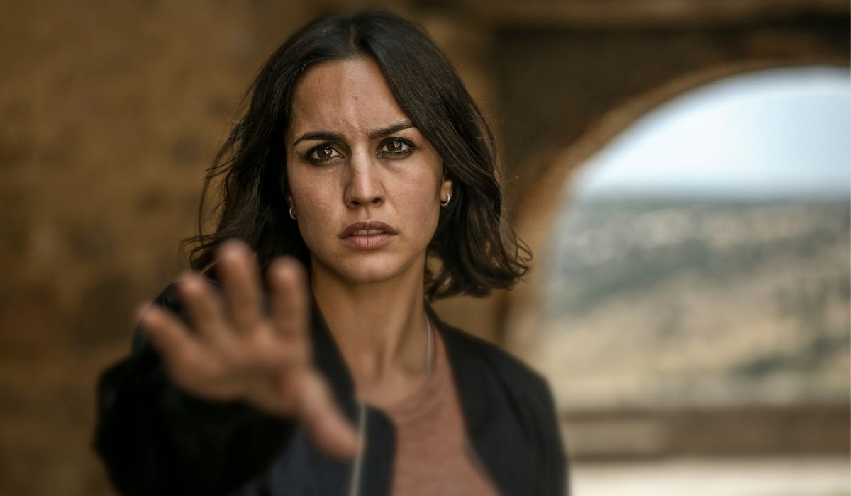 Megan Montaner è Elena in 30 Coins serie HBO Europe, Credits Manolo Pavon
