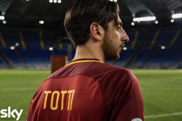 Pietro Castellitto nei panni di Totti. Ph Credits Fabio Zayed
