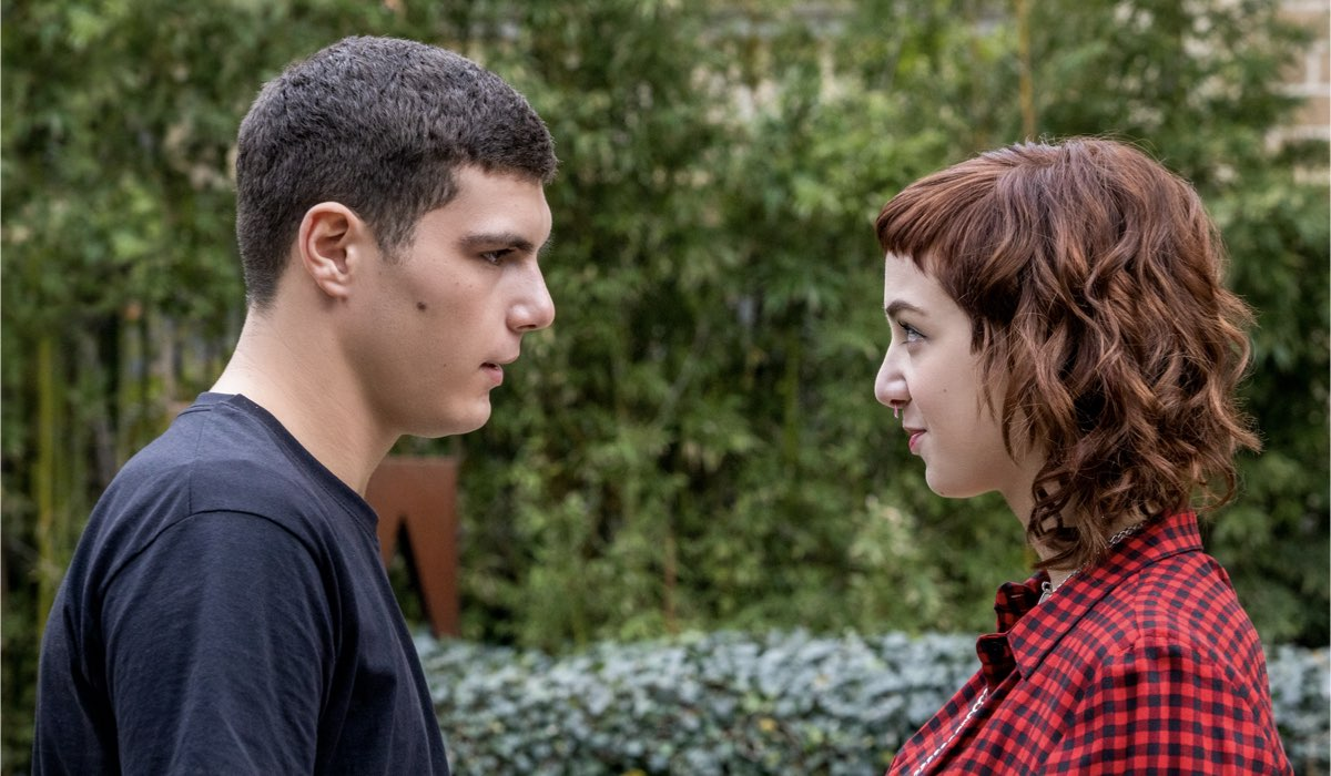 Come finisce Baby 3. Da sinistra: Riccardo Mandolini (Damiano) e Anna Lou Castoldi (Aurora) nel sesto episodio della terza stagione di Baby. Credits: Netflix