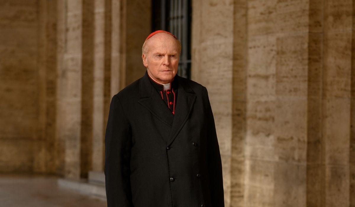 Alberto Cracco è Il cardinale Nascari in Suburra 3, Credits Netflix
