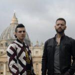 Da sinistra: Giacomo Ferrara e Alessandro Borghi nei panni di Spadino e Aureliano in Suburra 3. Credits: Netflix.