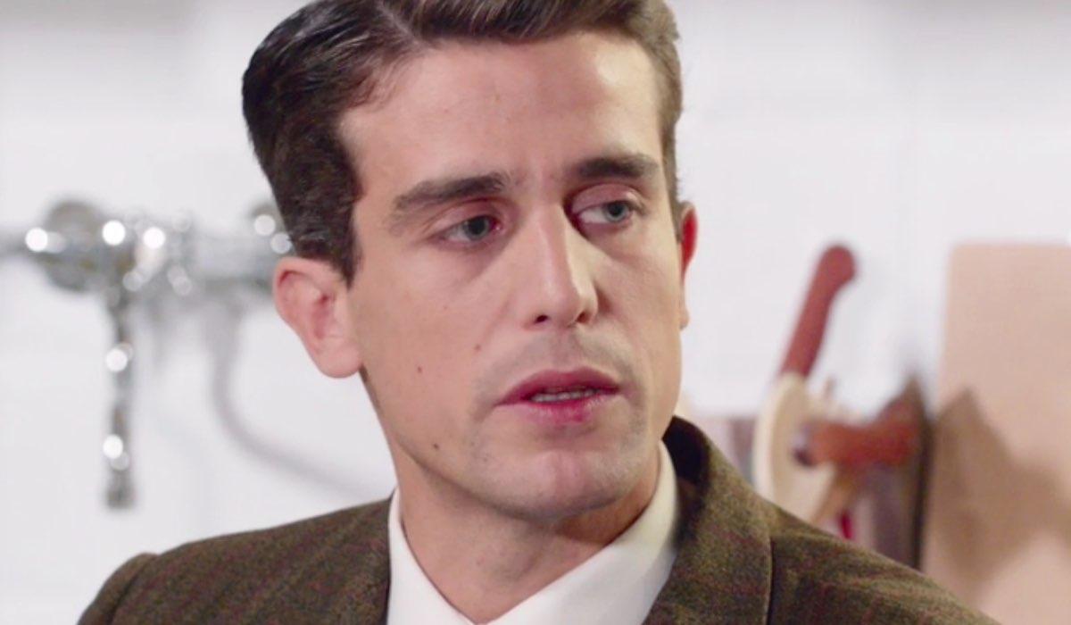 Il Paradiso delle Signore 4 Federico Cattaneo interpretato da Alessandro Fella, qui nella puntata 154 Credits RAI