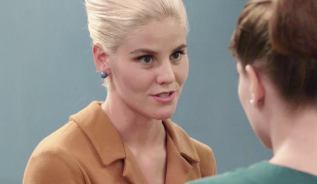 Il Paradiso delle Signore 5 Laura Parisi interpretata da Arianna Montefiori, qui in una scena della puntata 4 Credits RAI