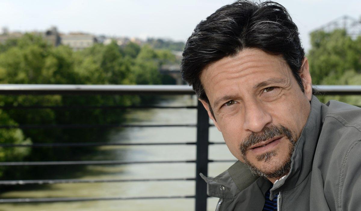 Io ti cercherò Andrea Sartoretti interpreta Gianni Frediani Credits Fabrizio de Blasio e RAI