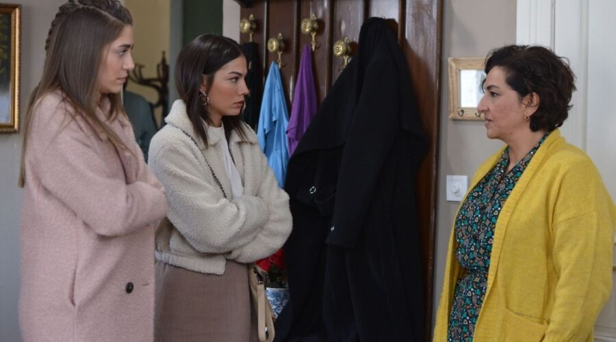 Mevkibe, Sanem e Leyla in Daydreamer Credits Mediaset