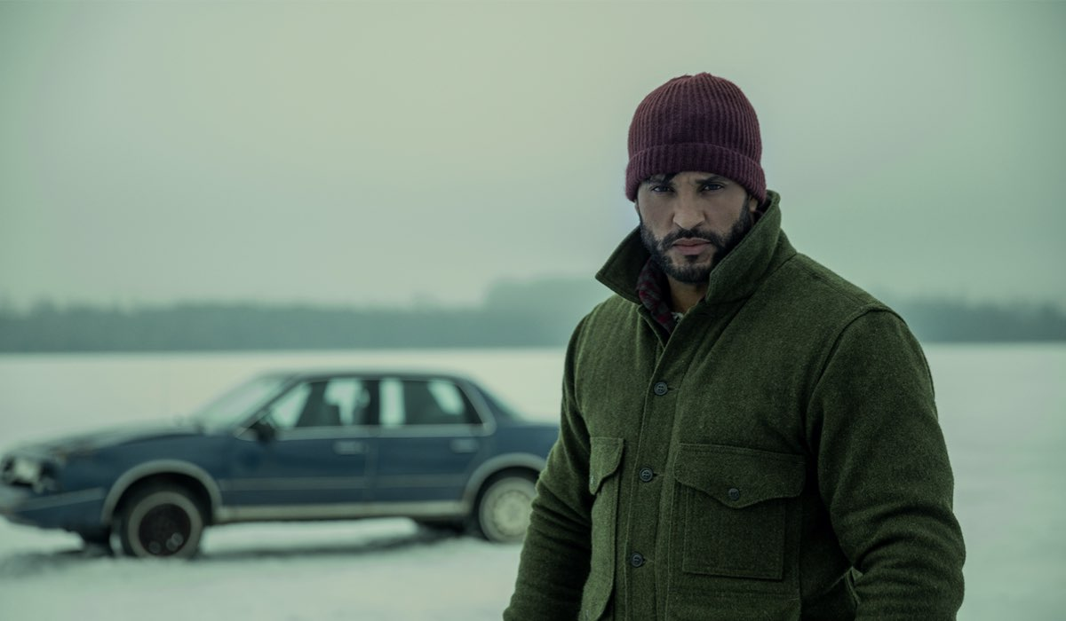 Shadow Moon (Ricky Whittle) in una scena di American Gods 3. Credits: Fremantle/Starz/Amazon Prime Video.