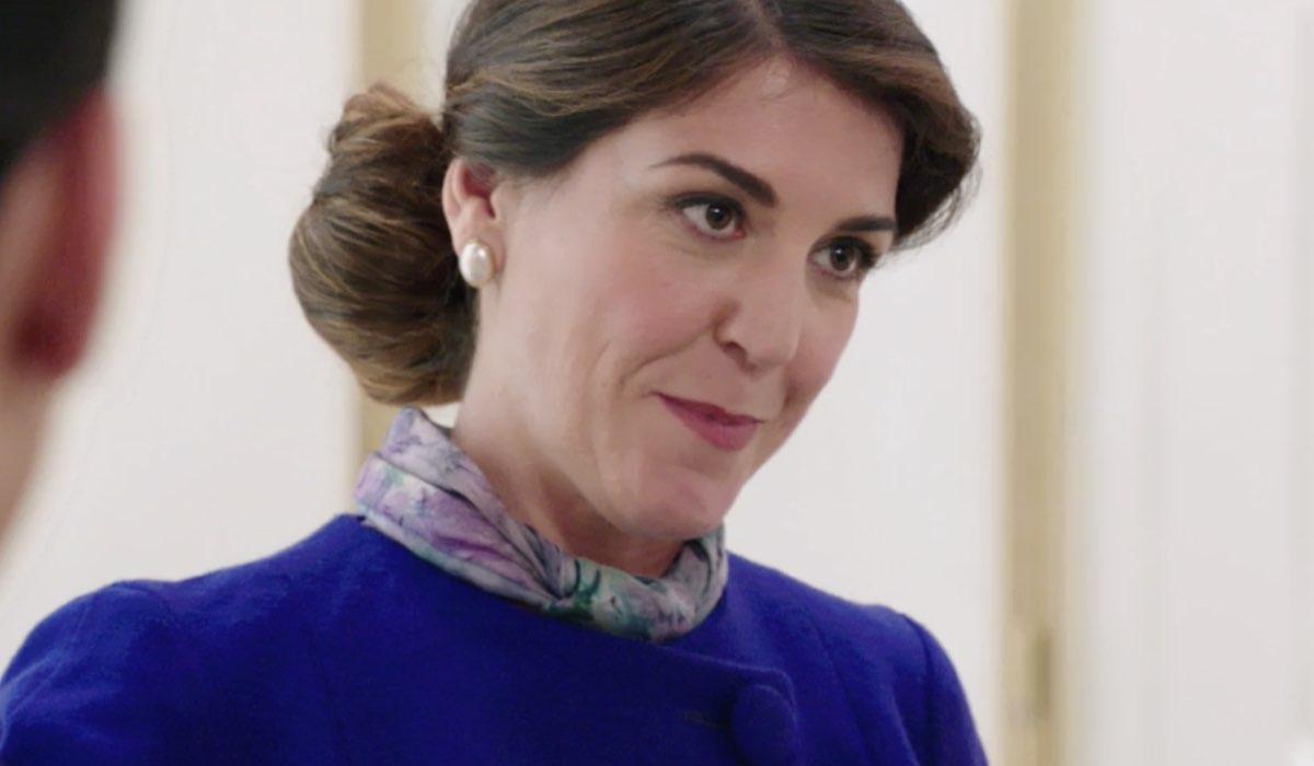 Carlotta Proietti, figlia di Gigi Proietti, ne Il Paradiso delle Signore 5 nei panni della signora Ridolfi, qui nella puntata 19 Credits RAI