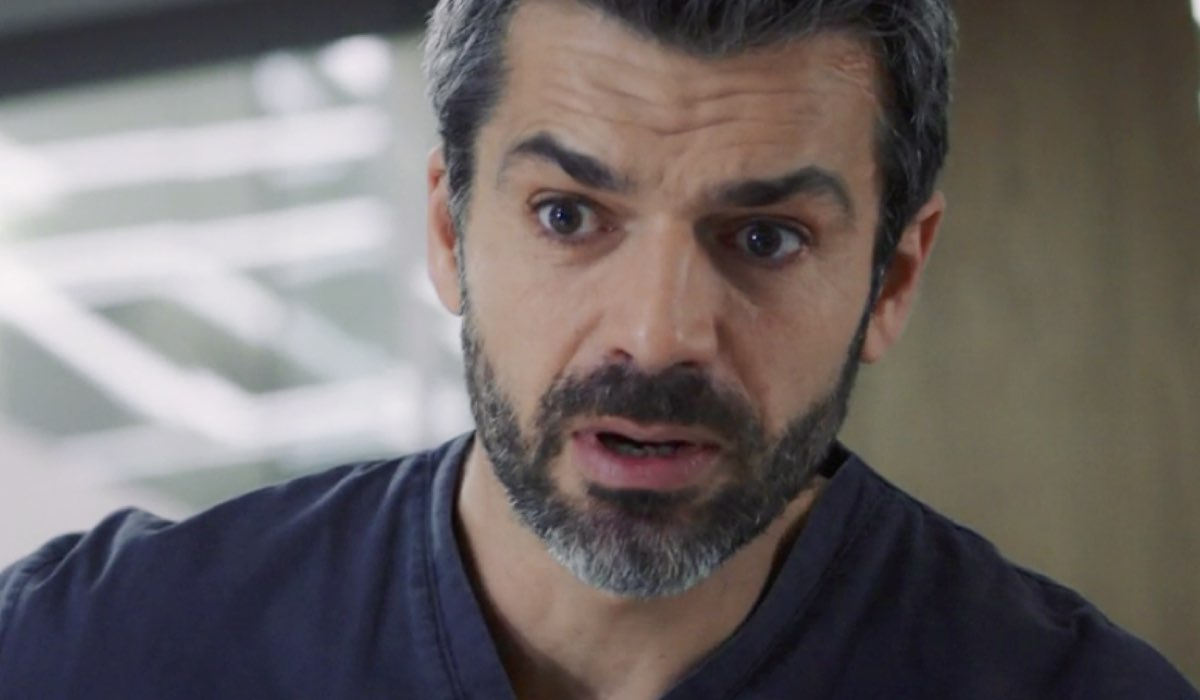 Doc - Nelle tue mani Andrea Fanti interpretato da Luca Argentero, qui nell'episodio 14 Credits RAI