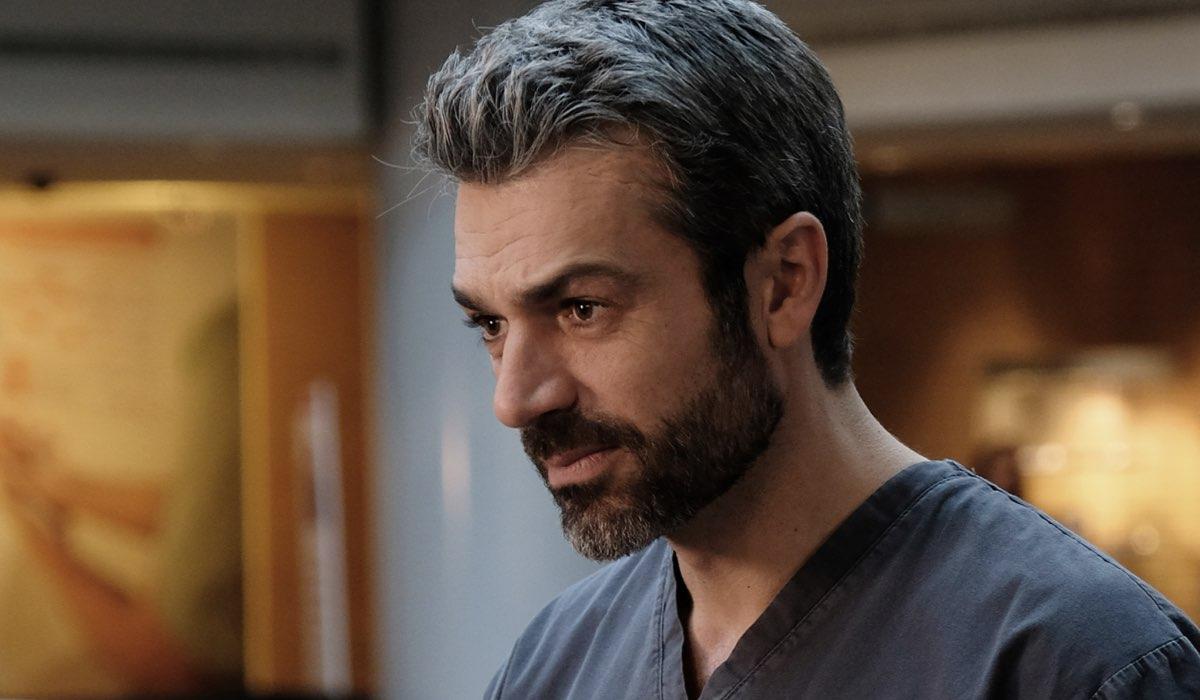 Doc - Nelle tue mani Luca Argentero nei panni di Andrea Fanti, qui in una scena della fiction Credits RAI