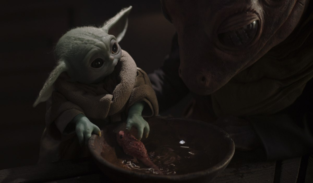 Il Bambino in The Mandalorian 2x03. © 2020 Lucasfilm Ltd. & TM. All Rights Reserved.