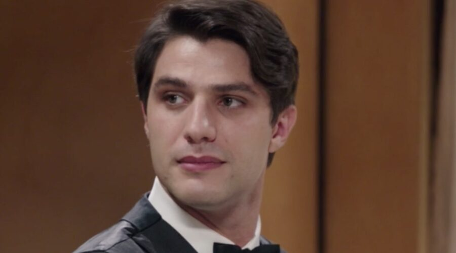 Il Paradiso delle Signore 5 Marcello Barbieri interpretato da Pietro Masotti, qui nella puntata 13 Credits RAI