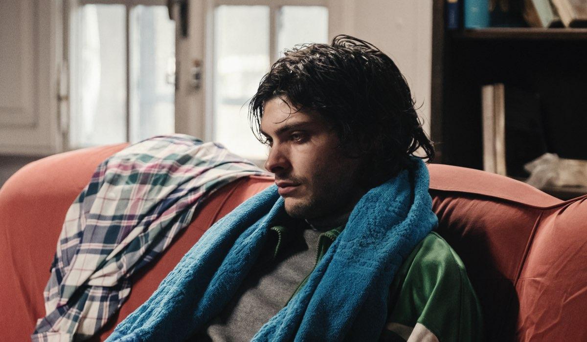 Luca Filippi è Magagnin nella fiction L'Alligatore Credits RAI