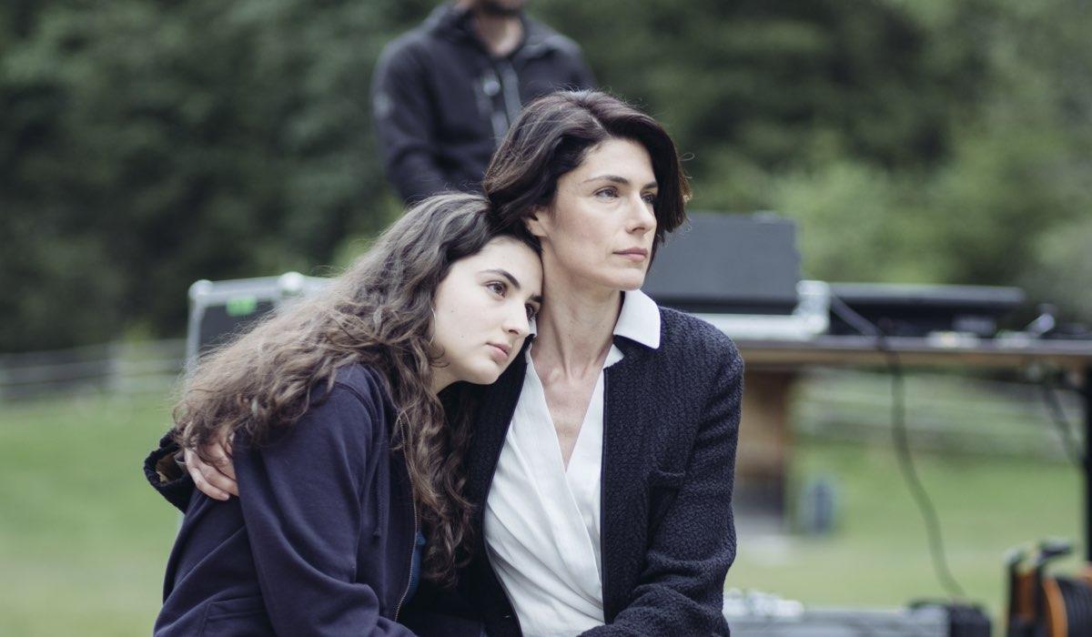 Vite in fuga Ilaria e Silvia interpretate da Tecla Insolia e Anna Valle Credits RAI