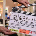 Ciak sul set di Un Professore. Credits: Banijay Studios Italia.