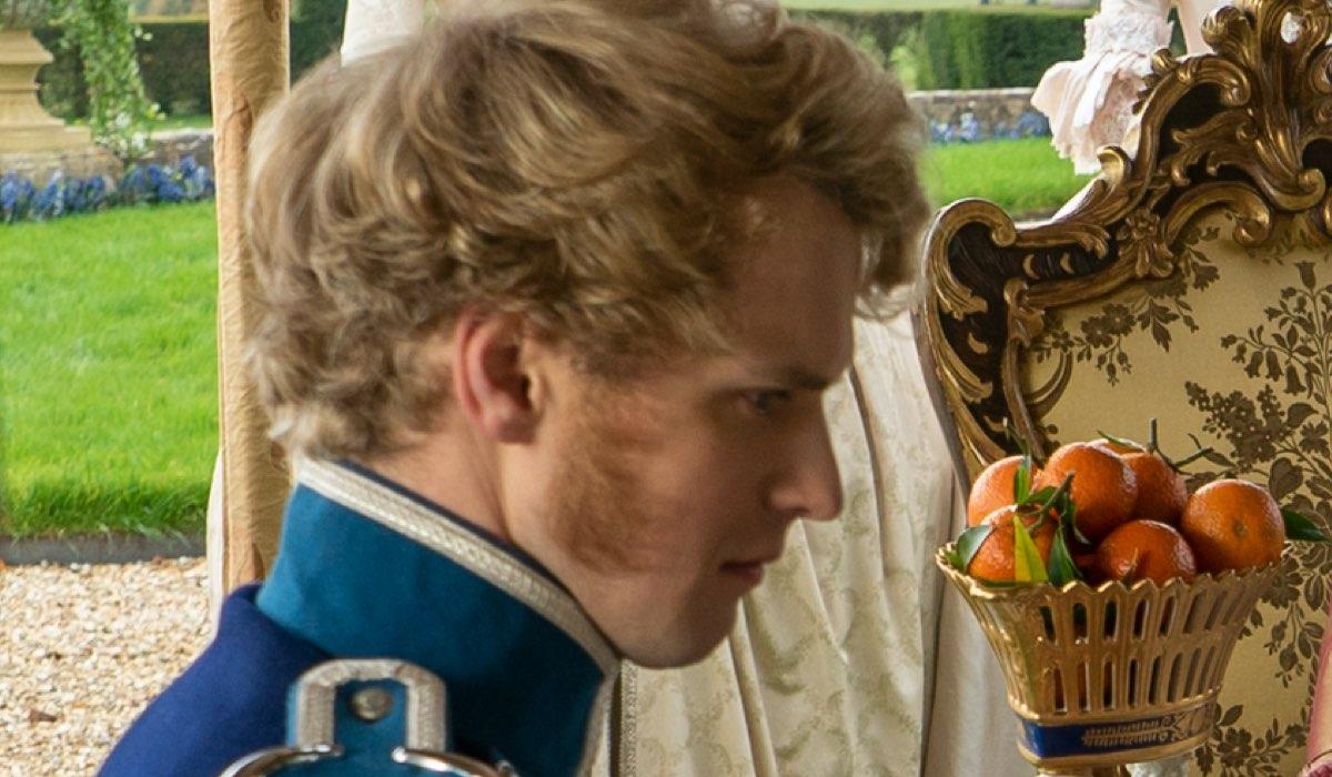 Freddie Stroma Interpreta Principe Friederichin In Bridgerton, Credits Liam Daniel/Netflix