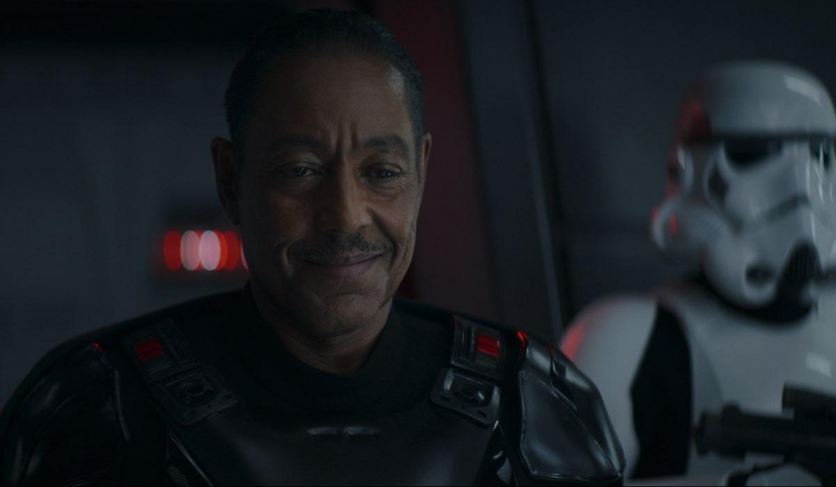 Giancarlo Esposito nei panni del Moff Gideon nell'episodio 6 di The Mandalorian Stagione 2. Credits: Disney Plus.