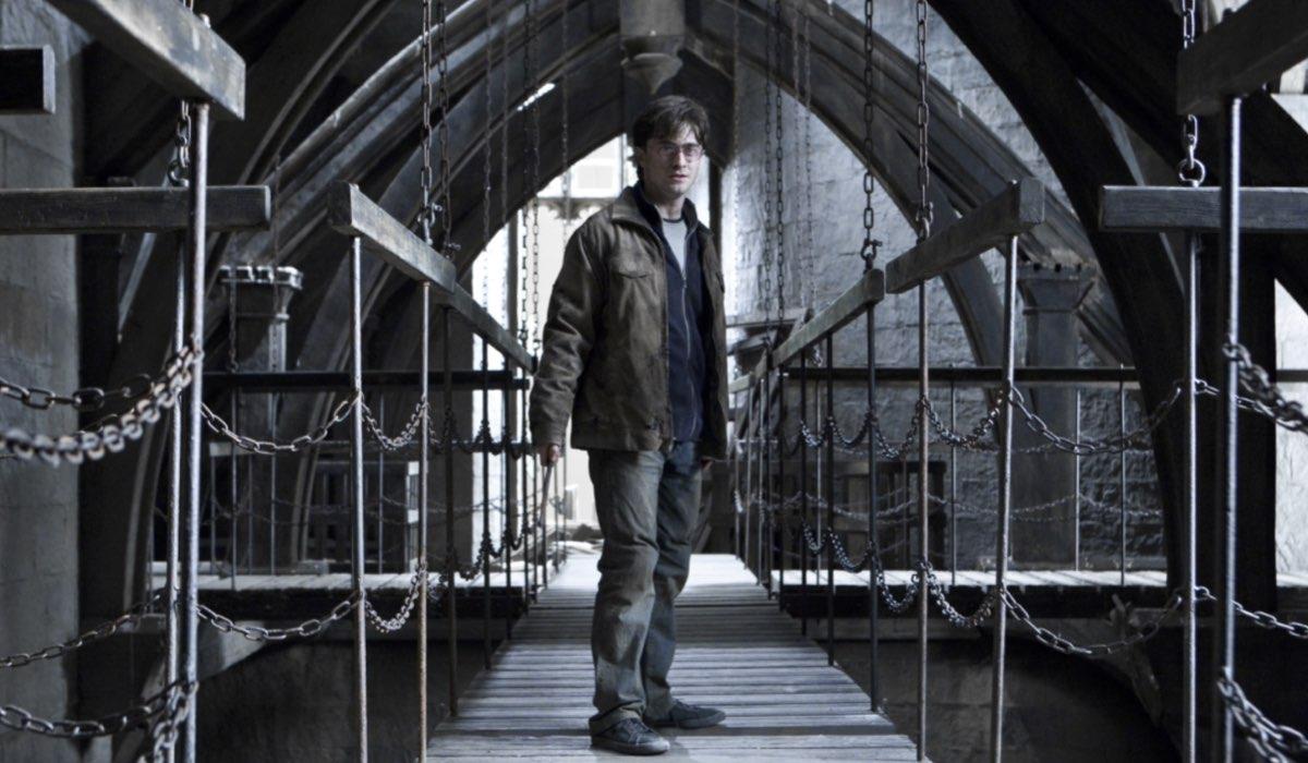 Harry Potter E I Doni Della Morte Parte 2 Daniel Radcliffe Interpreta Harry Potter Credits Warner E Mediaset