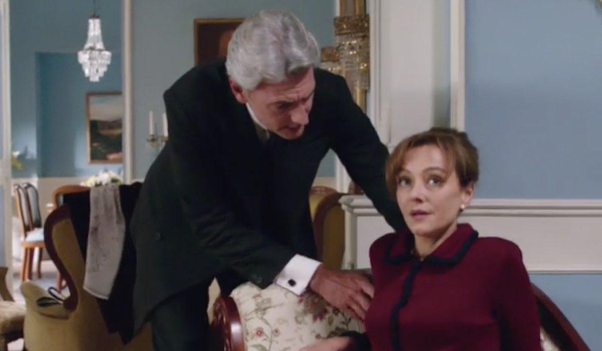Il Paradiso Delle Signore 5 Umberto Guarnieri e Silvia Cattaneo interpretati da Roberto Farnesi e Marta Richeldi, qui nella puntata 44 Credits Rai