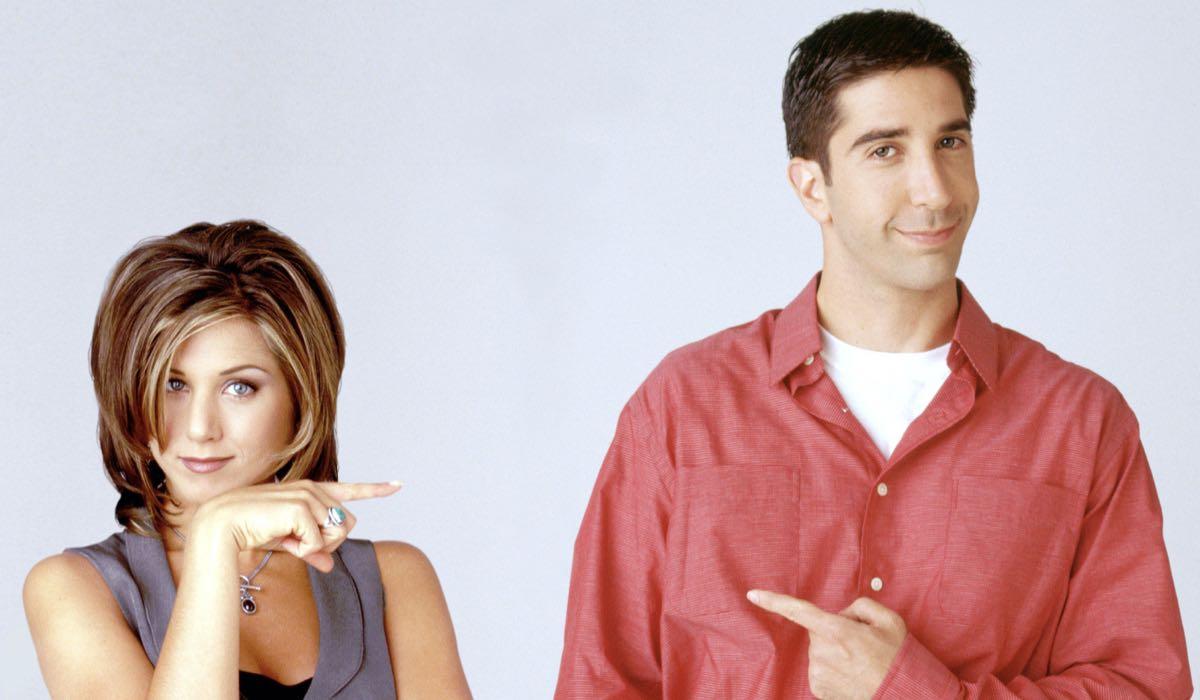 Jennifer Aniston (Rachel) E David Schwimmer (Ross) Nella Stagione 2 Di Friends. Credits: © Warner Bros. Television/Courtesy Everett Collection