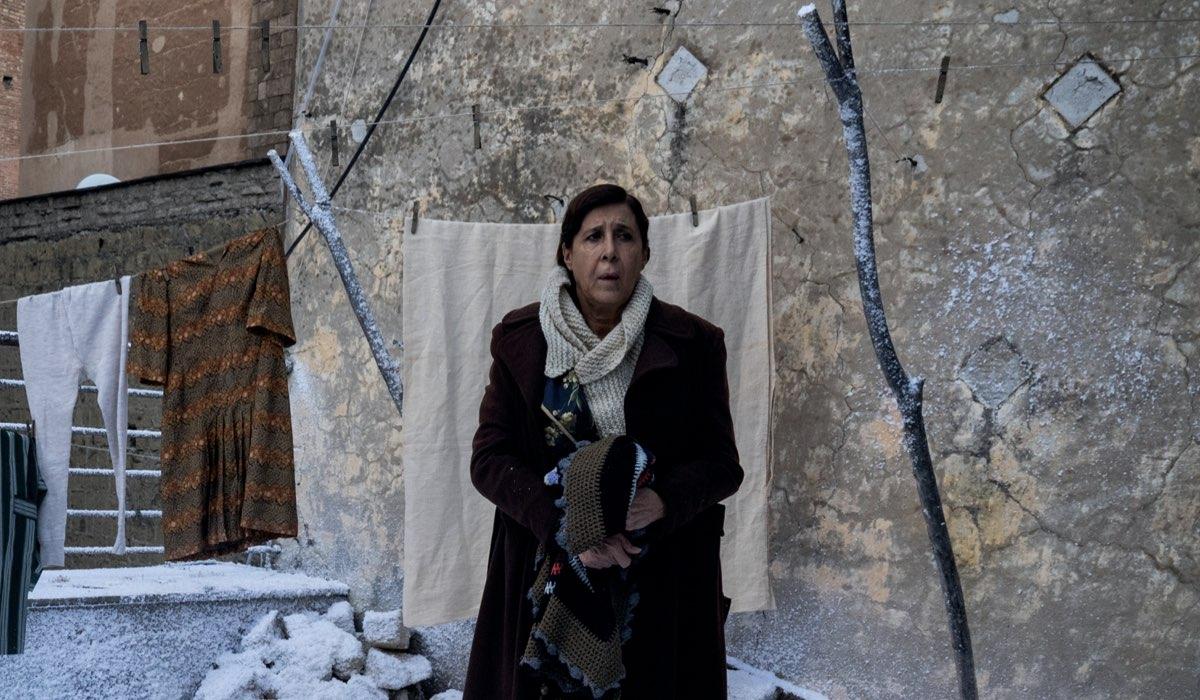 Natale In Casa Cupiello Marina Confalone interpreta Concetta Cupiello Credits Gianni Fiorito E Rai