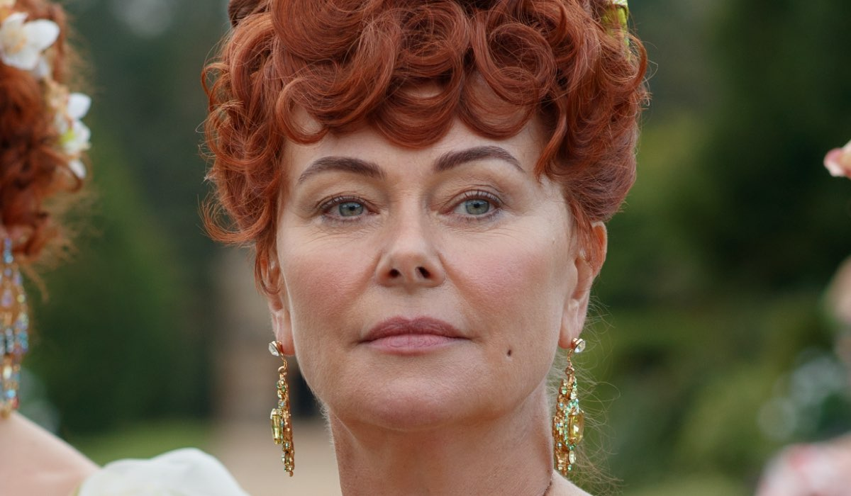 Polly Walker Interpreta Lady Portia In Bridgerton, Credits Liam Daniel Netflix