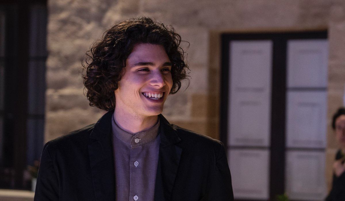 Riccardo De Rinaldis Interpreta Andrea In Fratelli Caputo Credits Mediaset