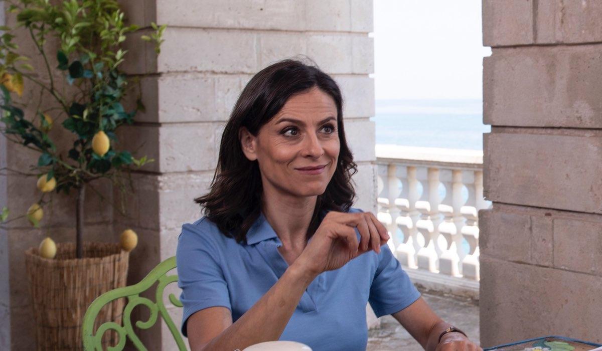 Sara D'Amario Interpreta Patrizia In Fratelli Caputo Credits Mediaset