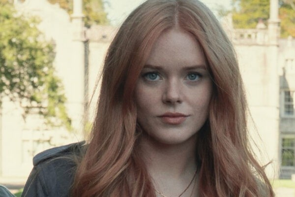 Abigail Cowen Interpreta Bloom In Fate-The Winx Saga. Credits: Jonathan Hession/Netflix