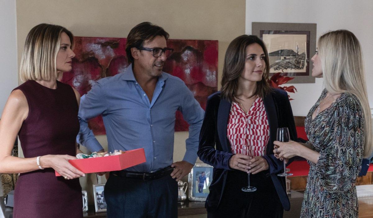 Christiane Filangieri, Davide Devenuto, Serena Rossi, Valentina D'Agostino in Mina Settembre Credits Rai