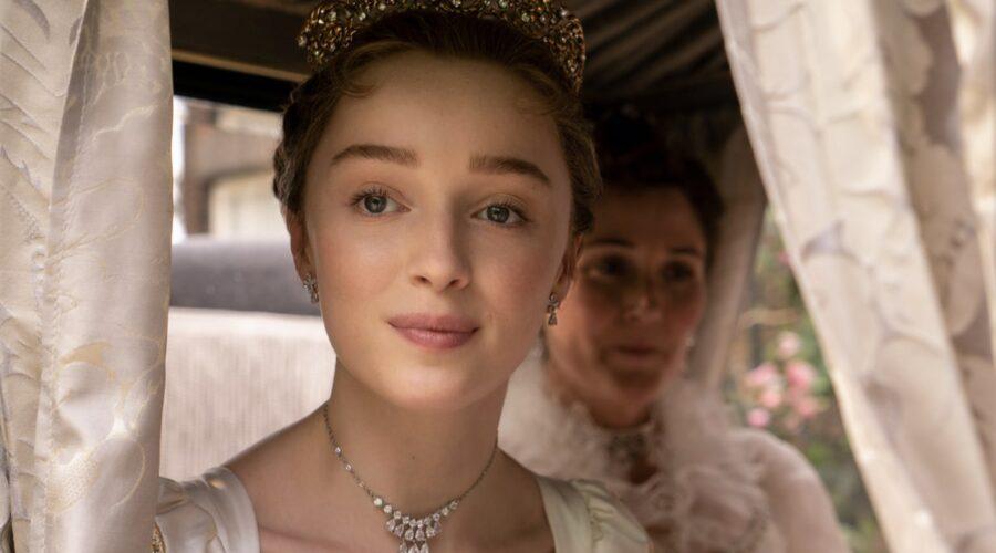 Phoebe Dynevor interpreta Daphne Bridgerton nella serie Netflix. Credits: Liam Daniel/Netflix.