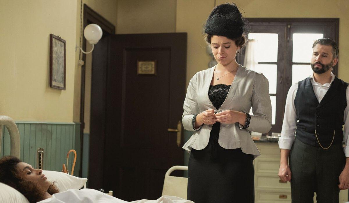 Genoveva fa visita a Marcia e Felipe in ospedale In Una Vita: Credits Boomerang Tv