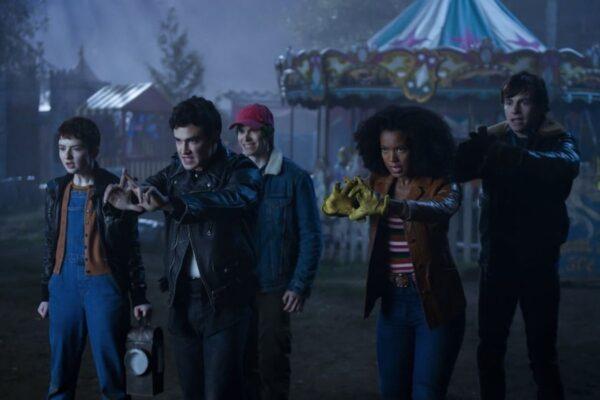 Il Club della Strizza in una scena de Le Terrificanti Avventure di Sabrina 4 riassunto. Credits: Netflix.