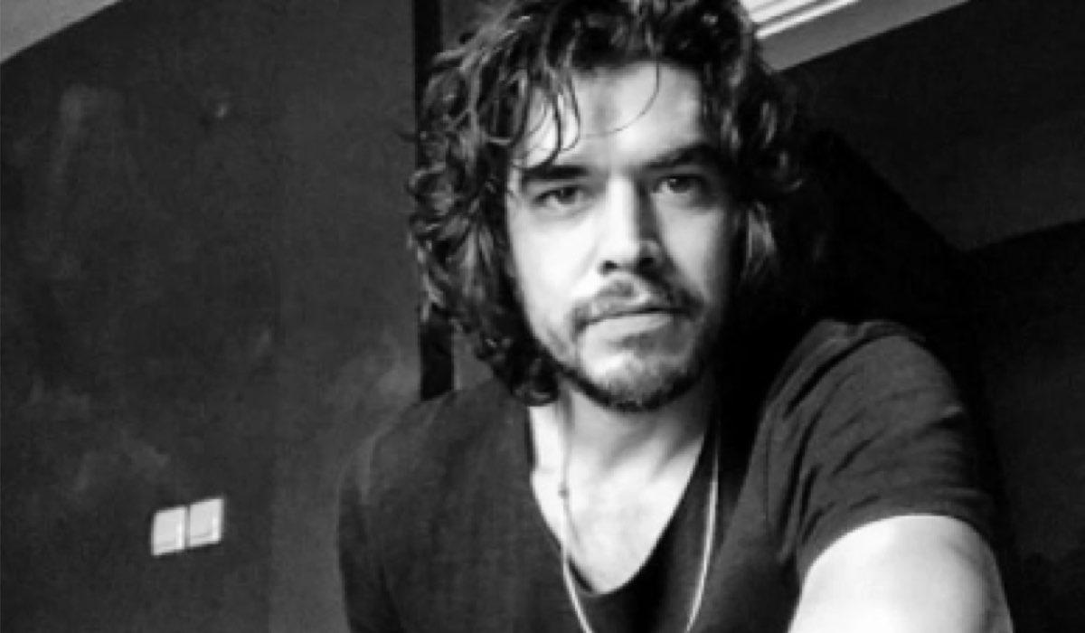 L'attore Ahmet Olgun Sünear (Bulut in Daydreamer) In Una Foto Condivisa Sul Suo Profilo Instagram Ufficiale