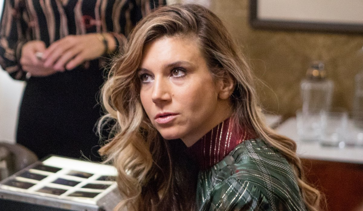 Nicoletta Romanoff Interpreta Raffaele Curiel In Made In Italy. Credits: Mediaset
