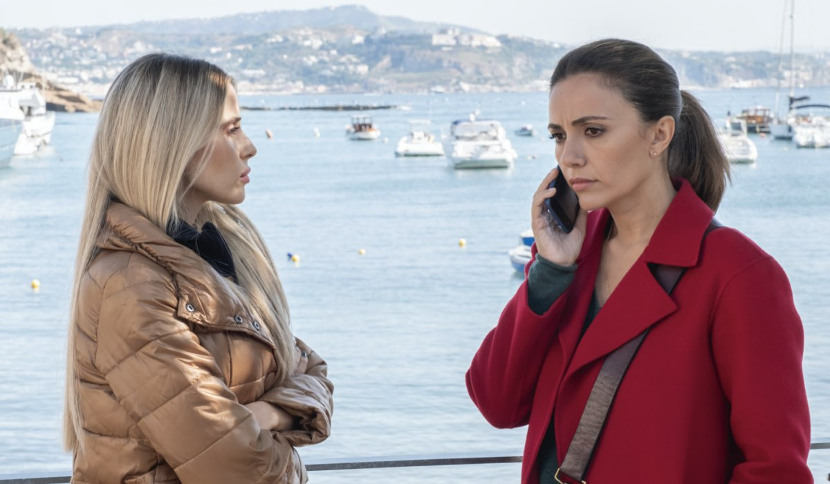 Una Scena Di Mina Settembre Con Valentina D'Agostino E Con Serena Rossi Credits Rai