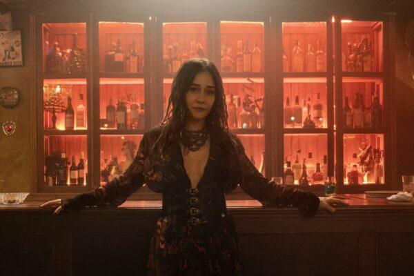 Alessandra Negrini Interpreta Ines In Città Invisibile. Credits: Alisson Louback/ Netflix