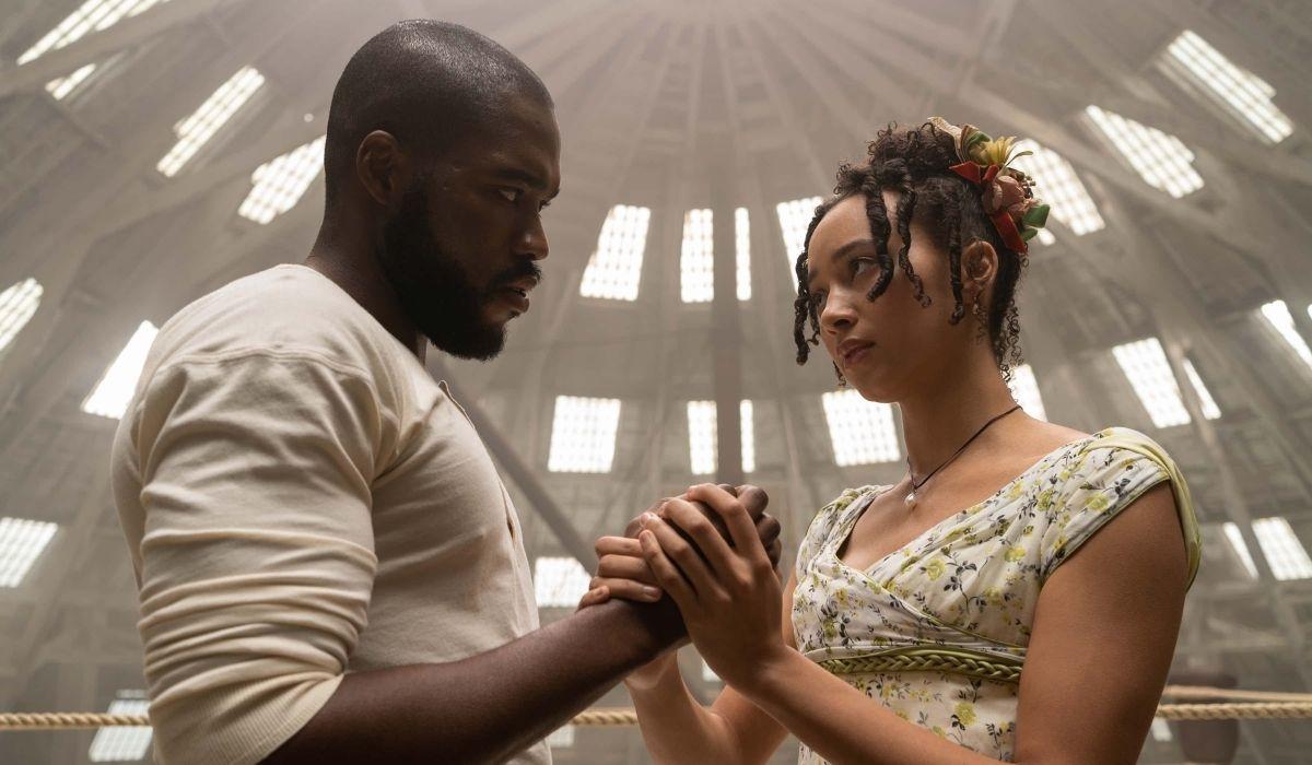 Da sinistra: Martins Imhangbe e Emma Naomi sono Will e Alice Mondrich in Bridgerton. Credits: Liam Daniel/Netflix