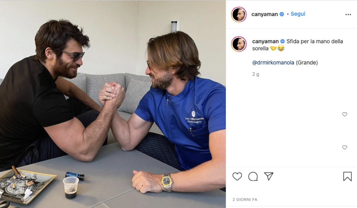 Foto Postata Sul Profilo Ufficiale di Can Yaman mentre sfida Mirko Manola a braccio di ferro