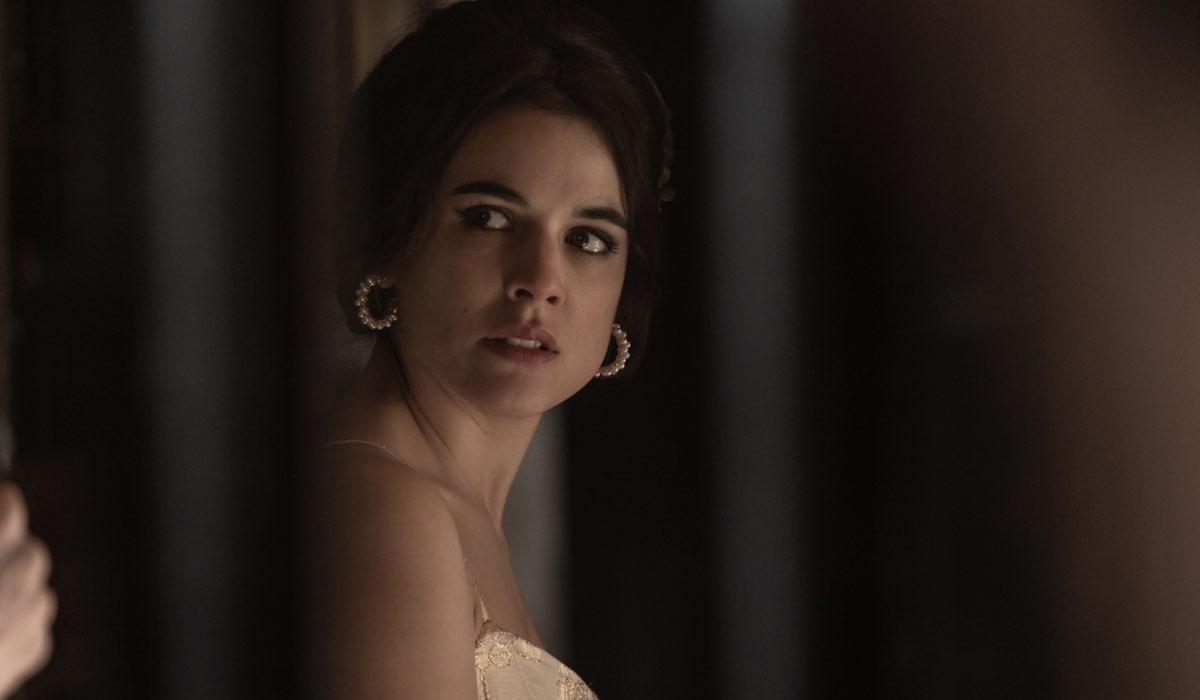 Adriana Ugarte in una scena della stagione 2 di H - Helena. Credits: Daniel Escale Garcia/Netflix.