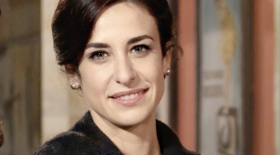 Lara Komar Interpreta Gloria Moreau Ne Il Paradiso Delle Signore 5 E Diventa La Nuova Capocommessa Credits Rai