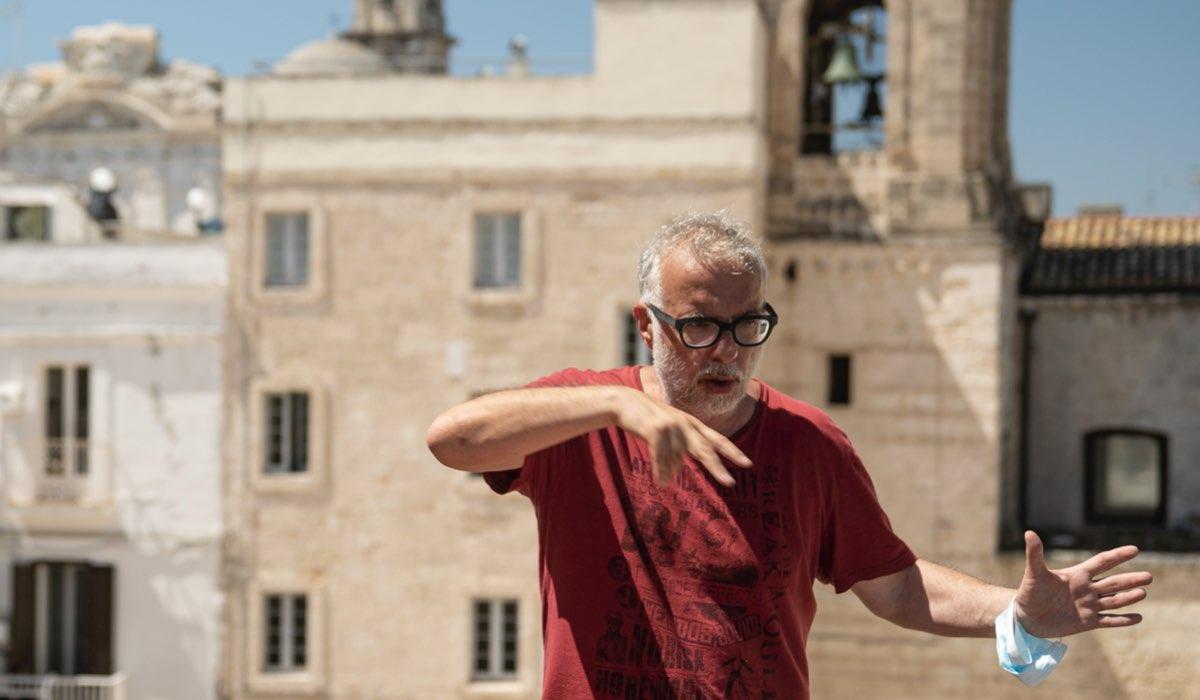Luca Miniero, Il Regista De Le Indagini Di Lolita Lobosco Qui Sul Set Credits Duccio Giordano E Rai