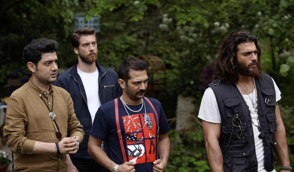 Muzaffer, Ceycey Yigit e Can In Daydreamer Credits Global Telif Haklari Yapimcilik TiC. A.S./Mediaset