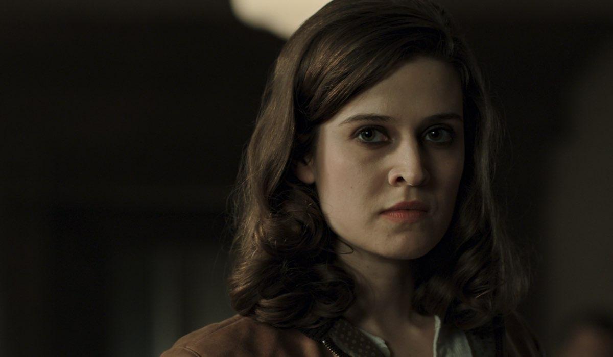 Emma Paetz interpreta Martha Kane nella seconda stagione di Pennyworth. Credits: Starzplay.