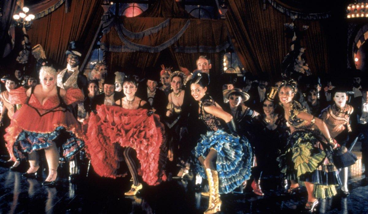 Una Scena Di Moulin Ruge nel catalogo Star su Disney Plus
