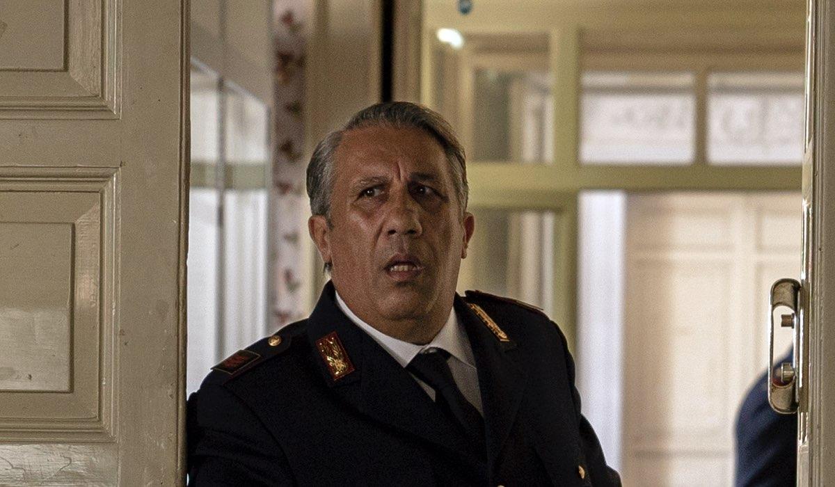 Angelo Russo Interpreta Catarella Ne Il Commissario Montalbano 2021 (Il metodo Catalanotti). Credits: Duccio Giordano/Rai