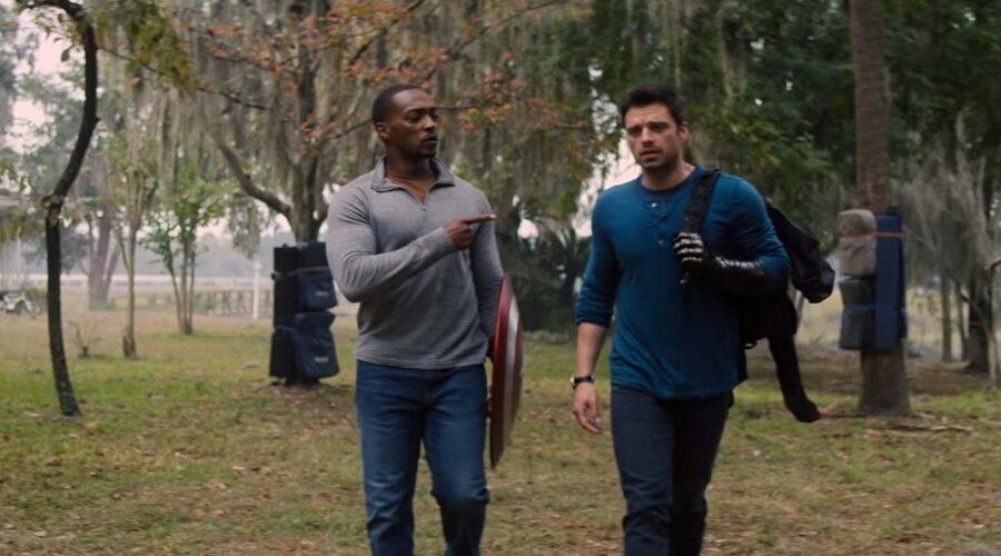 Anthony Mackie e Sebastian Stan in una scena della serie TV The Falcon and the Winter Soldier. Credits: Disney e Marvel Studios.