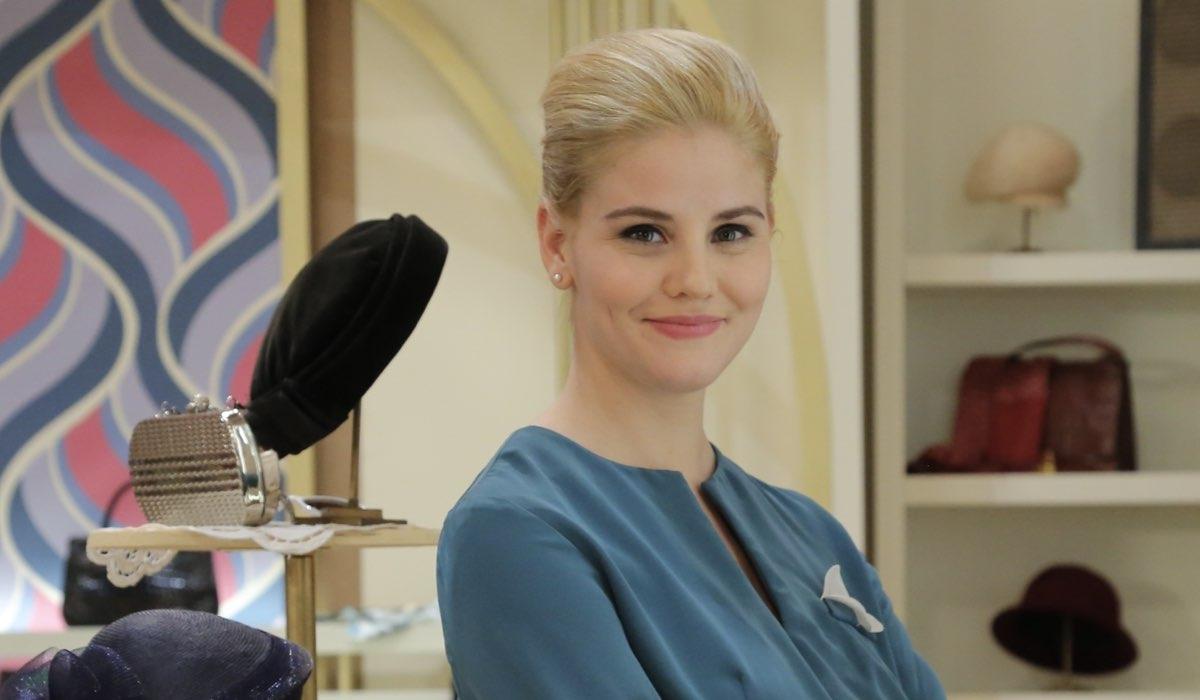 Arianna Montefiori Interpreta La Venere Laura Parisi Qui In Un Posato Per La Stagione Daily 2 Credits P. Bruni E Rai