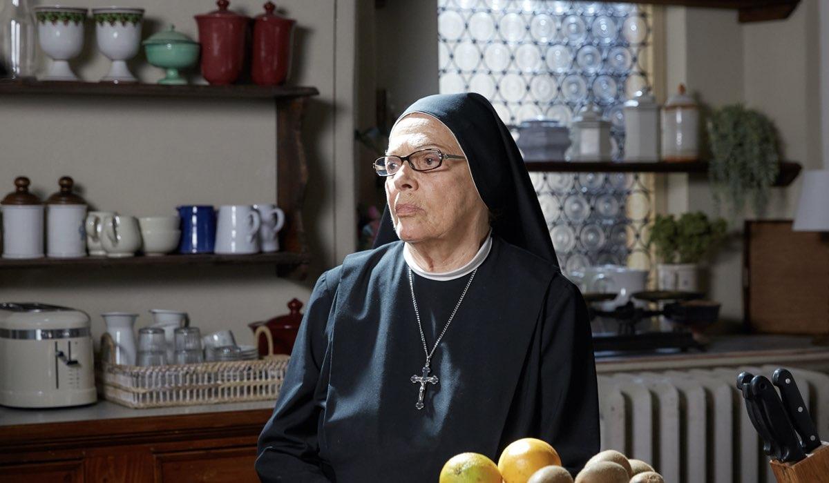 Che Dio Ci Aiuti 6 Suor Costanza interpretata da Valeria Fabrizi. Credits: Lucia Iuorio e Rai